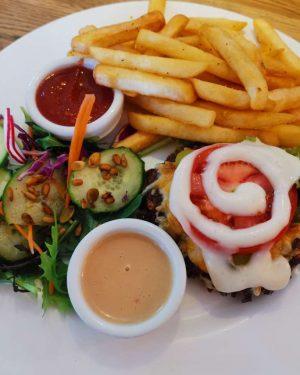 Breadless Burger Platter